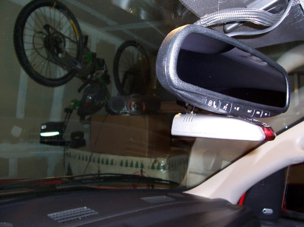 radar detector mounted on the front mirror