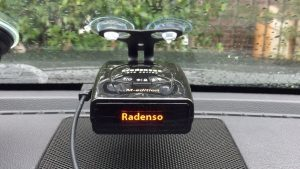 radenso pro m mounted on the windshield
