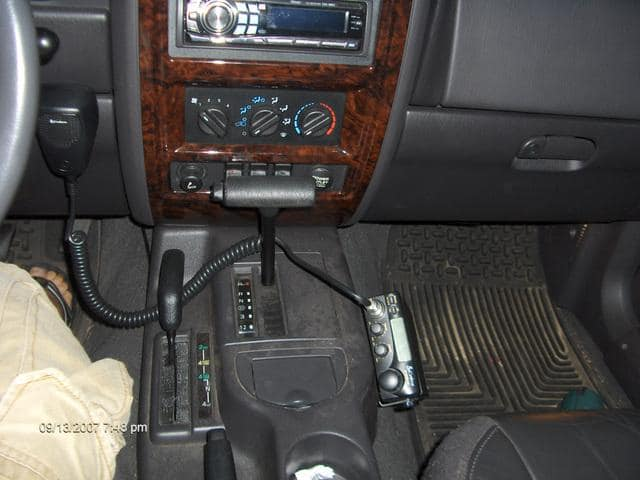 cb radio mounted in a vehicle
