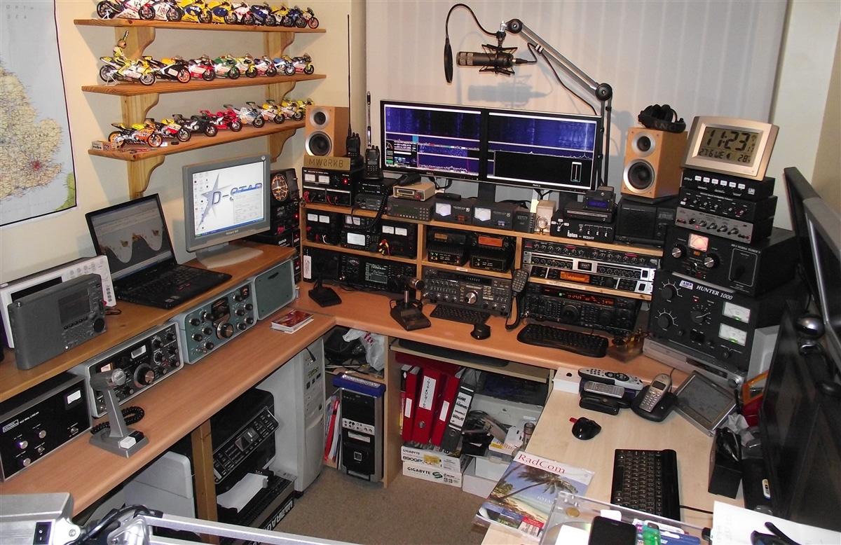 cb vs ham radios