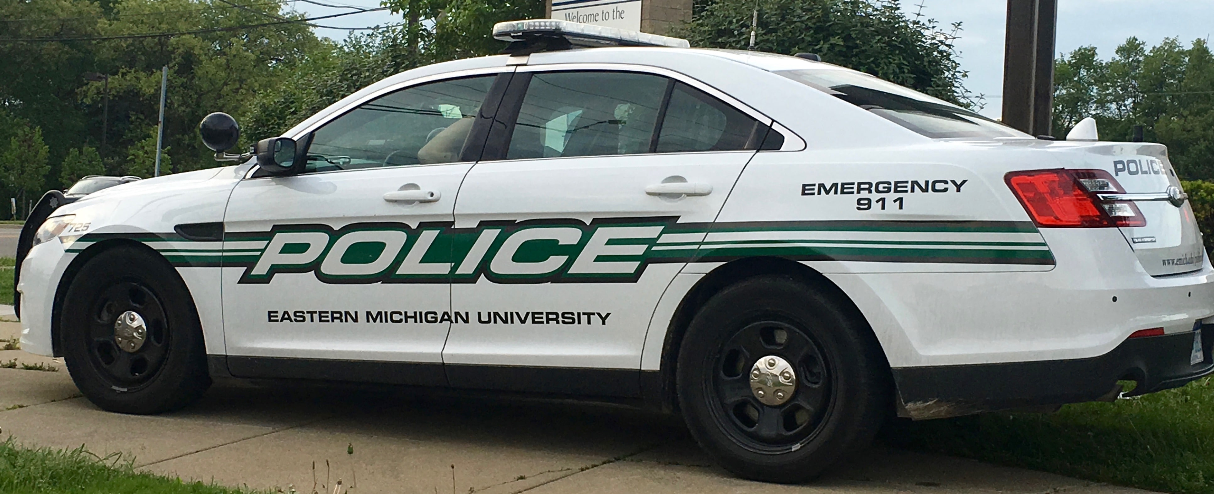 michigan police vehicle