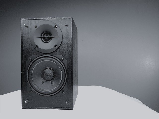 photo of a stereo with subwoofer