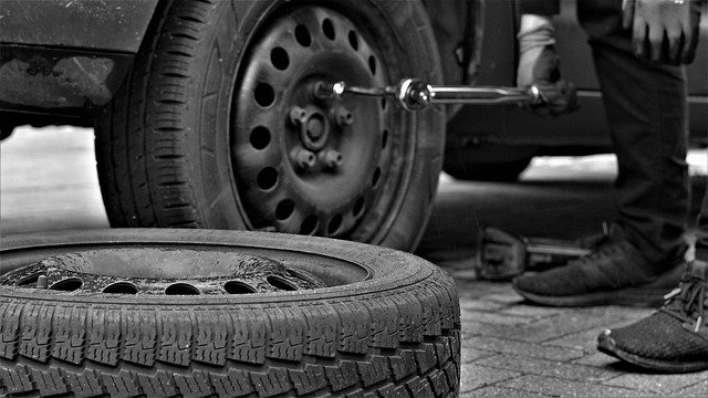 Photo of changing tires